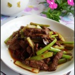 干煸牛肉丝(荤菜-快手下饭菜)