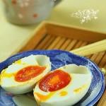 自制咸鸭蛋(流油的咸鸭蛋如何做)