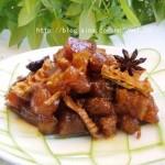 笋干烧蹄筋(荤菜)
