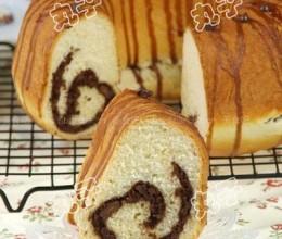 巧克力核桃肉桂夹心面包