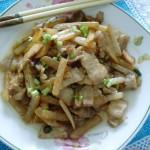 白萝卜烧五花肉(荤素搭配)