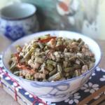 肉末酸豇豆(新方法腌酸豇豆全过程只需10分钟)