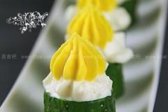 鸡蛋黄瓜色拉