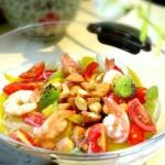 油醋汁虾仁蔬果沙拉(早餐菜谱)