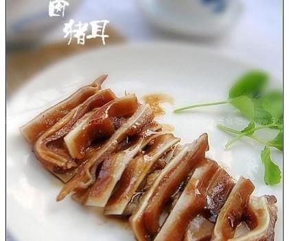 卤猪耳(荤菜)