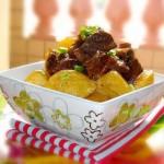 土豆焖牛腩(荤菜)