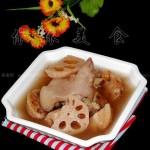莲藕猪脚汤(荤素搭配)