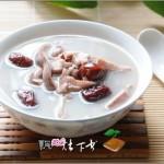 莲子茨实红枣煲猪肚(荤菜)