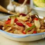 泡菜炒肉丝(荤素搭配)
