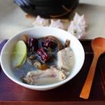 海茸排骨汤(荤菜)