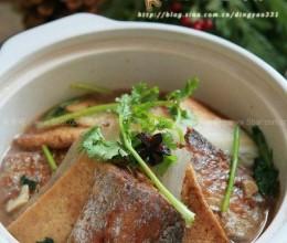 带鱼白菜豆腐锅