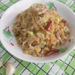 酸菜肉丝(荤素搭配)