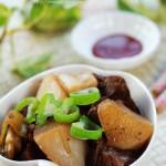 砂鍋牛腩(葷菜)
