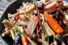 腊肉茶树菇