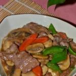 牛肉炒蘑菇(荤素搭配)