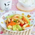黃瓜胡蘿卜炒雞肉腸(葷素搭配)