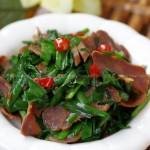 腊猪舌炒韭菜(荤菜)