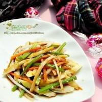 杏鲍菇芹菜笋丝