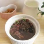 鲫鱼红豆汤(春季的应季减肥汤)