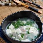 荠菜豆腐羹(春天里的快手汤羹)
