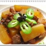 萝卜炖牛腩(荤素搭配)