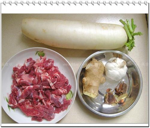 萝卜炖牛腩