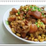 红烧黄豆猪脚(荤菜)
