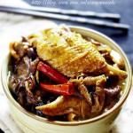 榛蘑炖鸡块(荤素搭配)