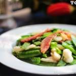 荸荠炒荷兰豆(素菜)