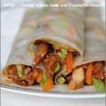 京酱肉丝薄饼卷(早餐菜谱-快手午餐卷饼)