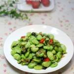 酸菜炒蚕豆米(素菜)