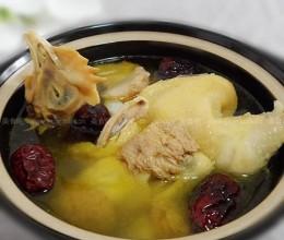 猴头菇山药红枣鸡汤