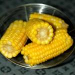 家常水煮玉米(煮玉米加小苏打会更营养)