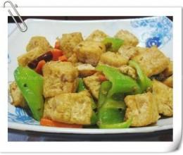 青椒豆腐泡