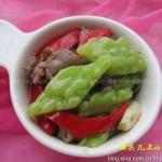 苦瓜牛肉(荤素搭配)
