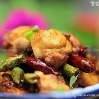辣椒豇豆吵兔肉