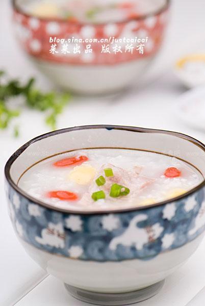 枸杞考生莲藕粥(早餐玉米-菜谱的健脑粥)白果排骨胡萝卜排骨汤拉肚子图片