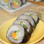 紫米青瓜小卷(寿司卷菜谱)