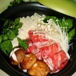 豆腐肥牛锅(荤素搭配菜谱)
