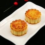 纯白莲蓉月饼(自制中秋广式月饼菜谱)