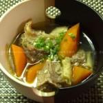 胡萝卜炖牛腩(荤素搭配菜谱)