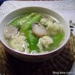 草菇丝瓜蛋汤(素菜菜谱)