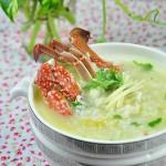 海鲜螃蟹粥(早餐菜谱)