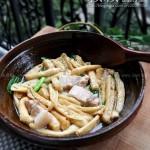 家乡豆腐泡炖肉(节日家宴菜谱)