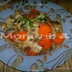 红萝卜炒蘑菇(减肥瘦身素菜菜谱)