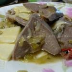 咸菜冬笋炒猪舌(荤素搭配菜谱)