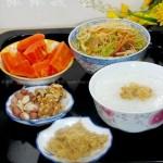 杂锦炒米粉(早餐菜谱)