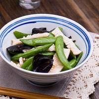 蚝油烩魔芋甜豆