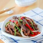 黑椒洋葱牛肉丝(荤菜菜谱)
