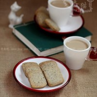 黑芝麻酥餅和奶茶